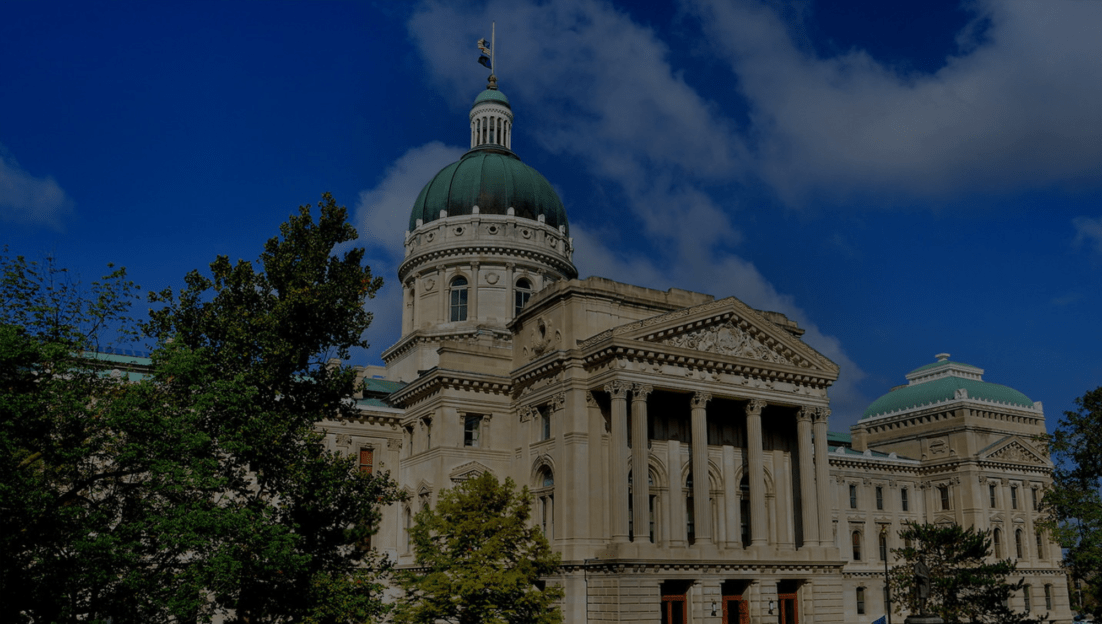 A picture of the Indiana State Capital building.