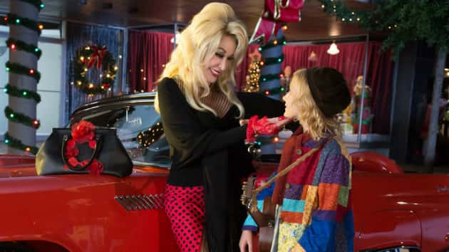Dolly Partons Christmas Of Many Colors Circle Of Love.After Christmas Of Many Colors Circle Of Love Dolly