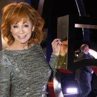 Attention, men 50 and over: Reba's ready to date! | KICK 104