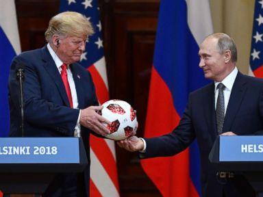 [Image: trump-putin-soccerball-gty-ps-180716_hpM...3t_384.jpg]