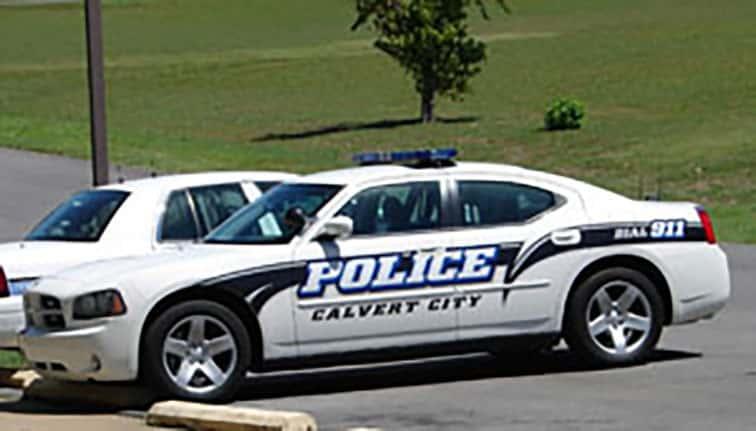 Calvert City Police serve make arrests on warrants