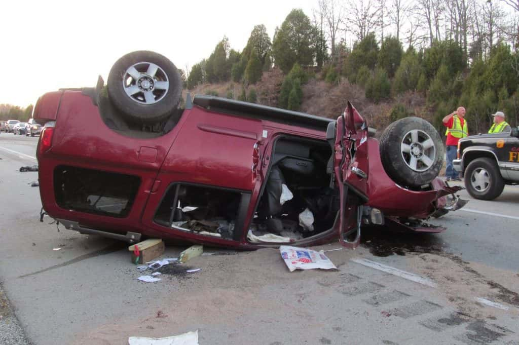 Two Benton residents killed in West Kentucky Parkway crash