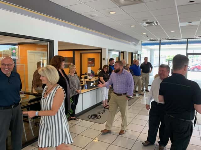 Country Chevrolet Buick Gmc Receives 25 Year Recognition Marshall County Daily Com