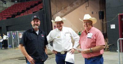 Lester-Owner-of-Cowboys-on-left-duwane-dietz-on-right.jpg