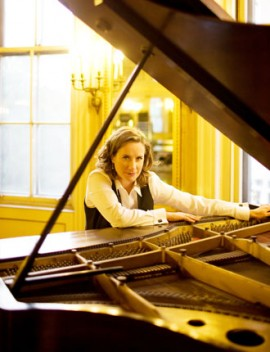 Singer/songwriter, Susan Werner