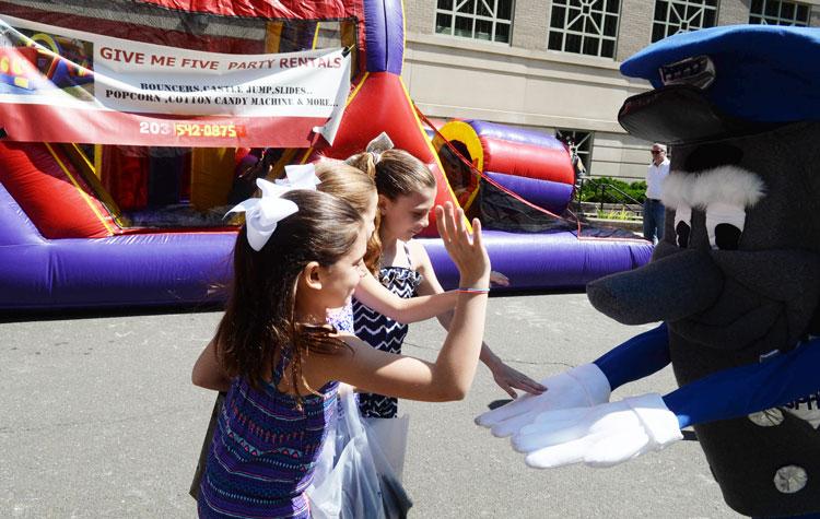 Kids with Officer Asphalt on Police Day