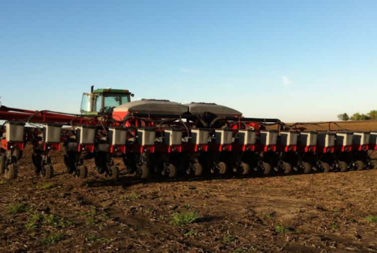 Spring Planting Farming Tractor Illinois Corn Soybeans Weather March April May June