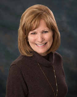 St  Anthony Nurse, Hogan, Recognized As One Of Iowa's Great Nurses
