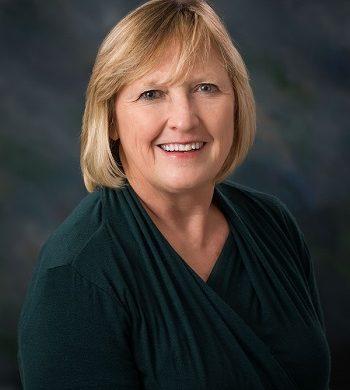 Sandy Cayler Is Sixth St Anthony Nurse To Receive 100 Great Iowa