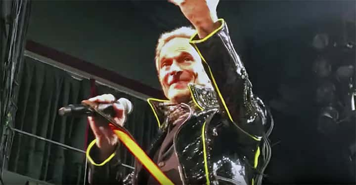 Music David Lee Roth Says Eddie Van Halen Isn T Doing Well But Neither Is Dave S Singing Voice Kozz