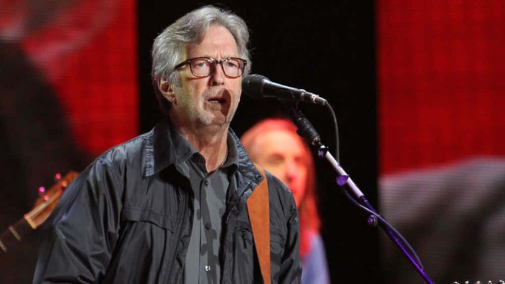Eric Clapton White Christmas.Eric Clapton Debuts Video For His Version Of White