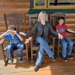 Angie-Clough: Angie Clough's Throne is on a porch with her kids!
