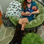 Kristen-Frederick: Kristen Frederick's Throne is her this one with her baby!