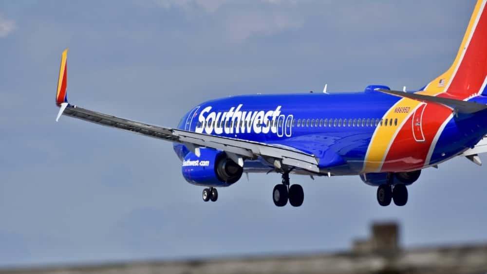 Brooke Eden Teams Up With Southwest Airlines and Visits Vanderbilt