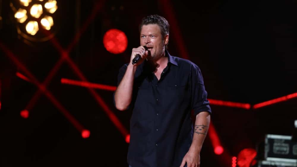 Blake Shelton Announces
