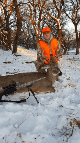 Jared Hammerlun with a 6x5