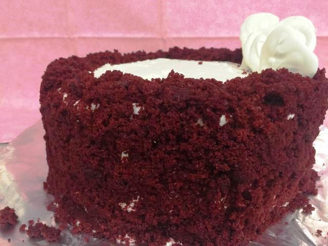 7) Red Velvet Cheesecake