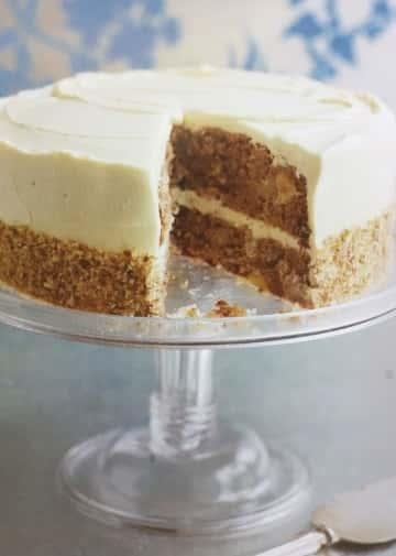 11) Hummingbird Cake