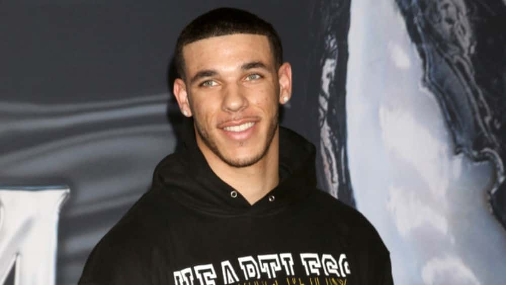 """108455a04c4 Los Angeles Lakers guard Lonzo Ball will be out for the next four-to-six  weeks due to a sprained left ankle. The Lakers said in a press release  """"Lonzo  Ball ..."""