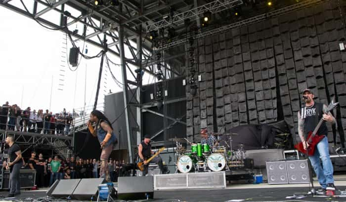 Sevendust (photo by Jason Squires)