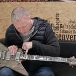 James-Hetfield-guitar-carl