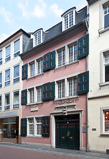 220px-Beethoven-Haus