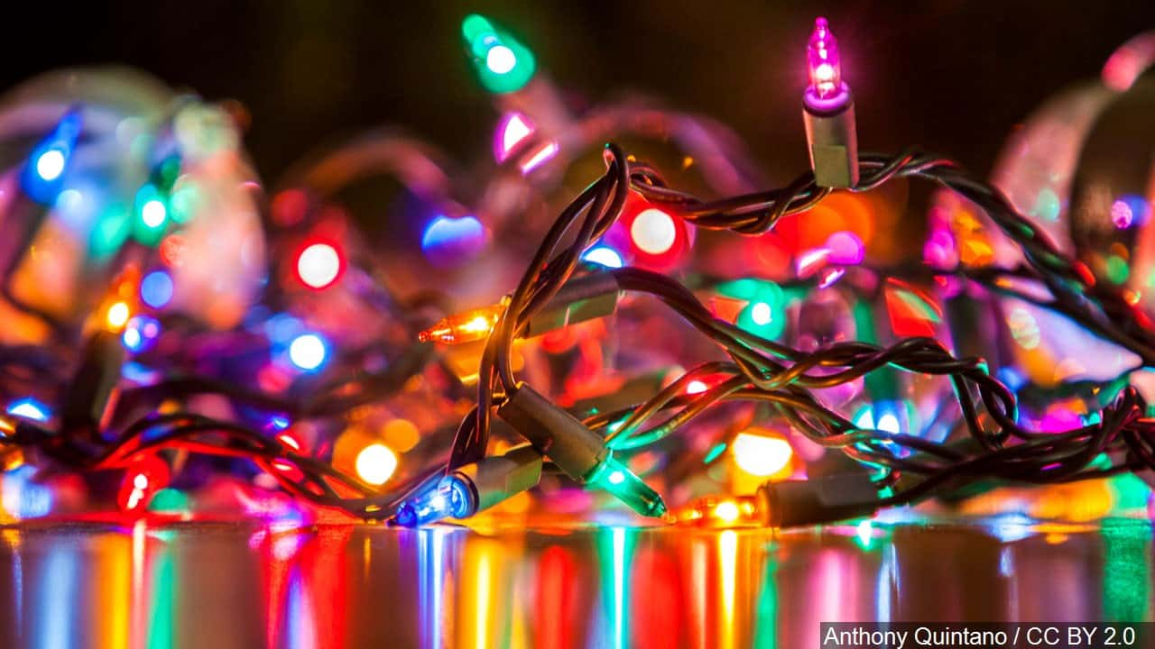 from kdvrcom glenn elvenholl was hanging christmas lights on his colorado home when he fell broke his leg and dislocated his ankle