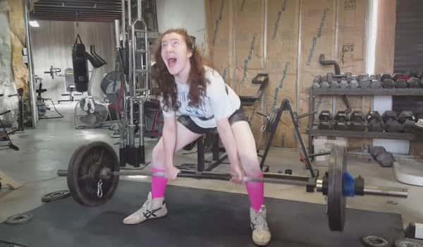 Ozarks teenage girl setting world powerlifting records