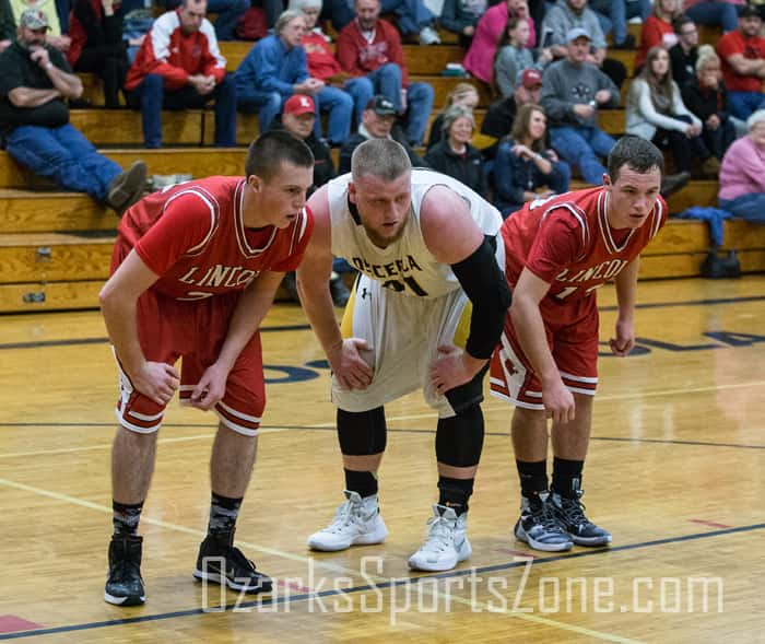 12d3938bbb0 2016-17 basketball preview  Lincoln Boys