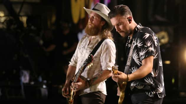 "Brothers Osborne will ""Stay a Little Longer"" and headline U.S. dates this  fall 050493b77634"