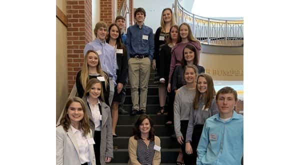 10 from Calico Rock advance to state FBLA   KTLO LLC