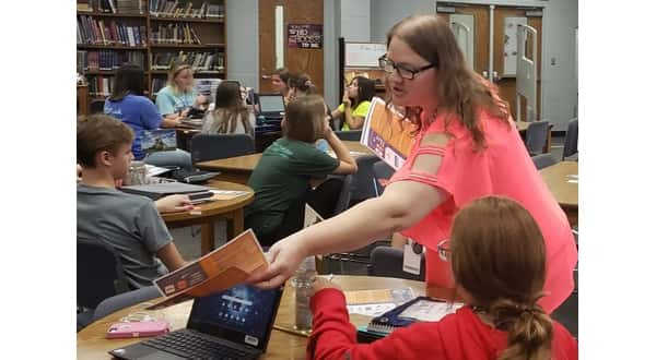 Baxter County students receiving library tech cards | KTLO LLC