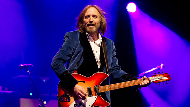 UMG claims Tom Petty, Tupac and Steve Earle's master tapes weren't lost in 2008 fire