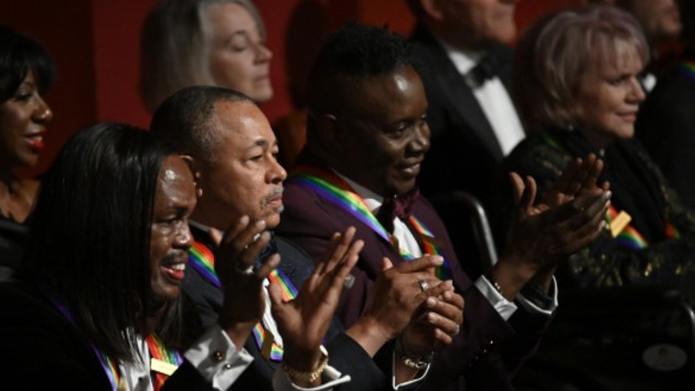 Watch Earth Wind & Fire, Linda Ronstadt receive the Kennedy Center Honors this Sunday