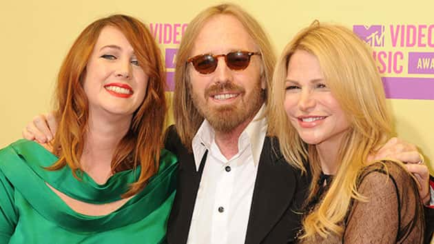Settlement reached over legal dispute between Tom Petty's daughters and widow