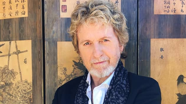 """Watch Jon Anderson and Paul Green Rock Academy students perform Yes' """"Heart of the Sunrise"""" virtually"""