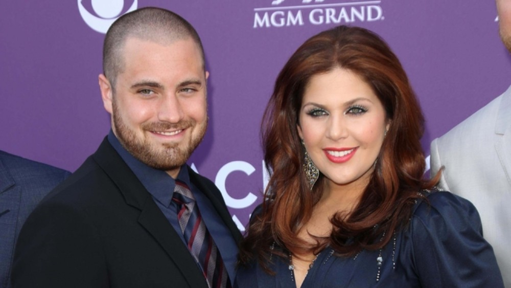 Hillary Scott's Husband Chris Tyrrell To Take A Break From Lady Antebellum To Care For Their Twins