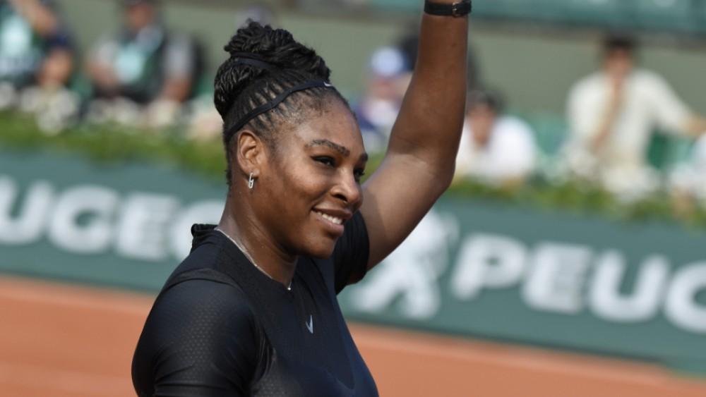 Serena Williams, Roger Federer Reach Wimbledon Quarterfinals