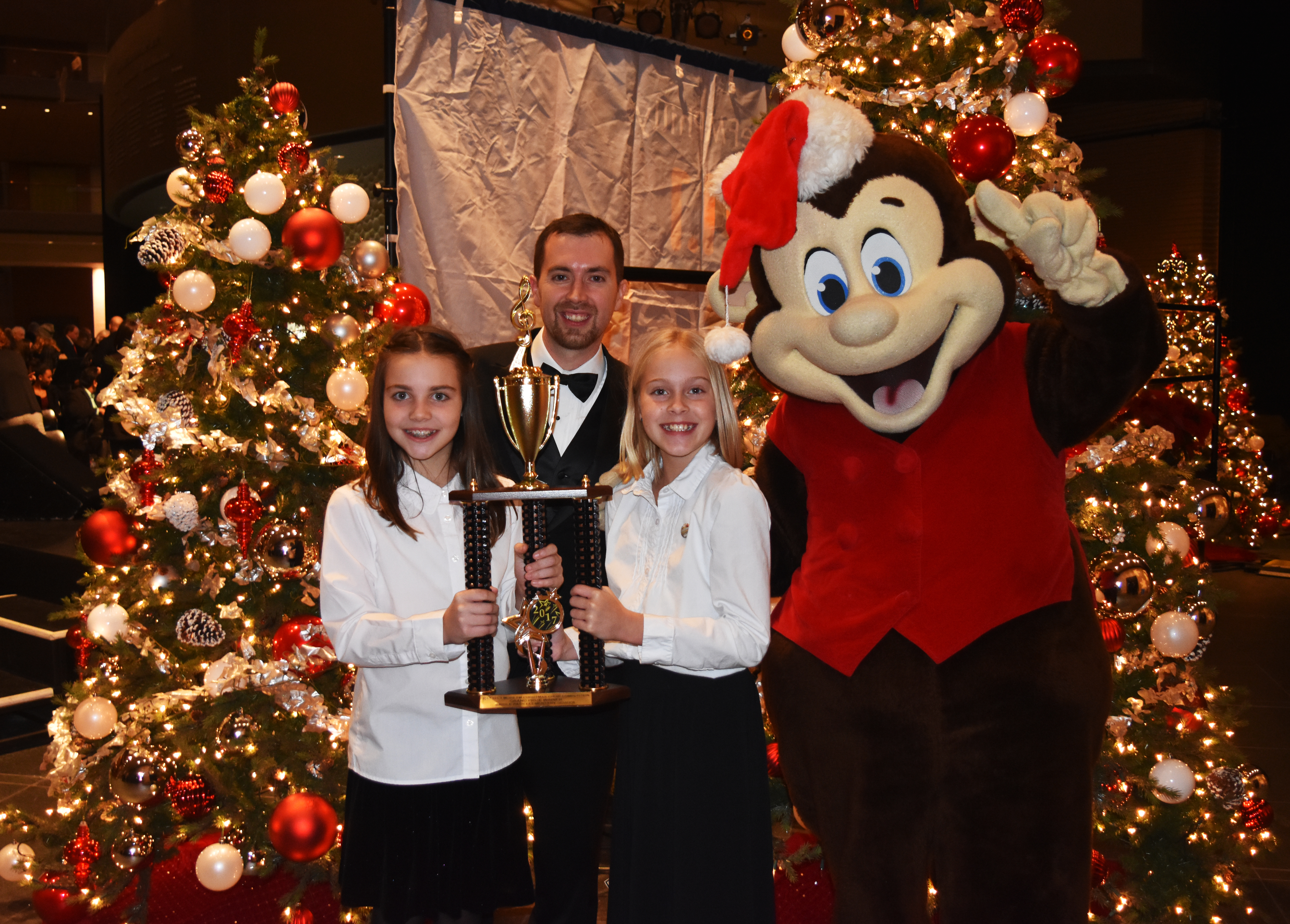 christmas choir k 8 champions perform with the philly pops