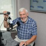 Ron Elkin, Computer Doc in North Shore 1049 studio
