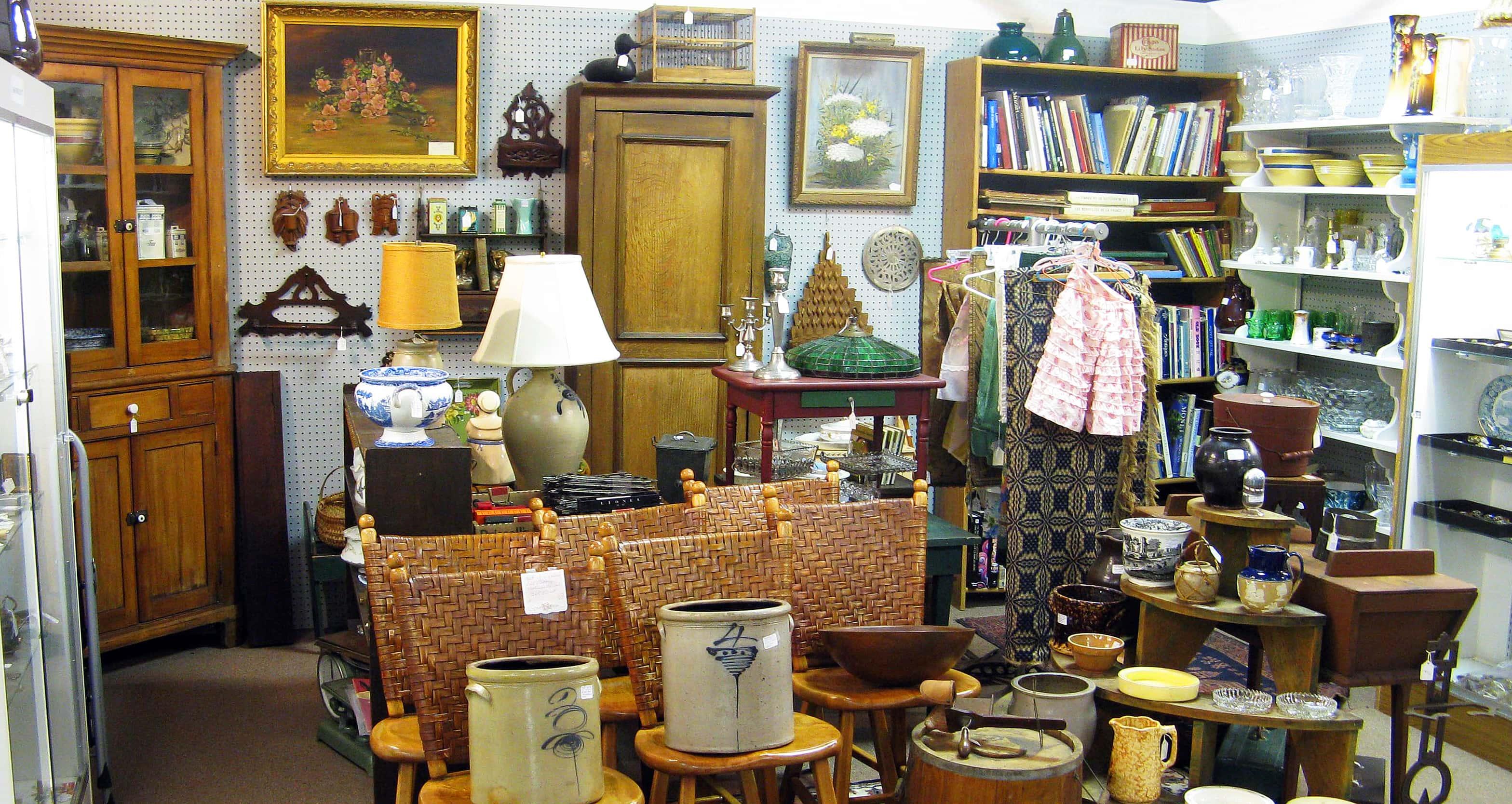 antique malls in michigan Ex Cop Retires to Run SW Michigan Antique Malls | Moody on the Market antique malls in michigan
