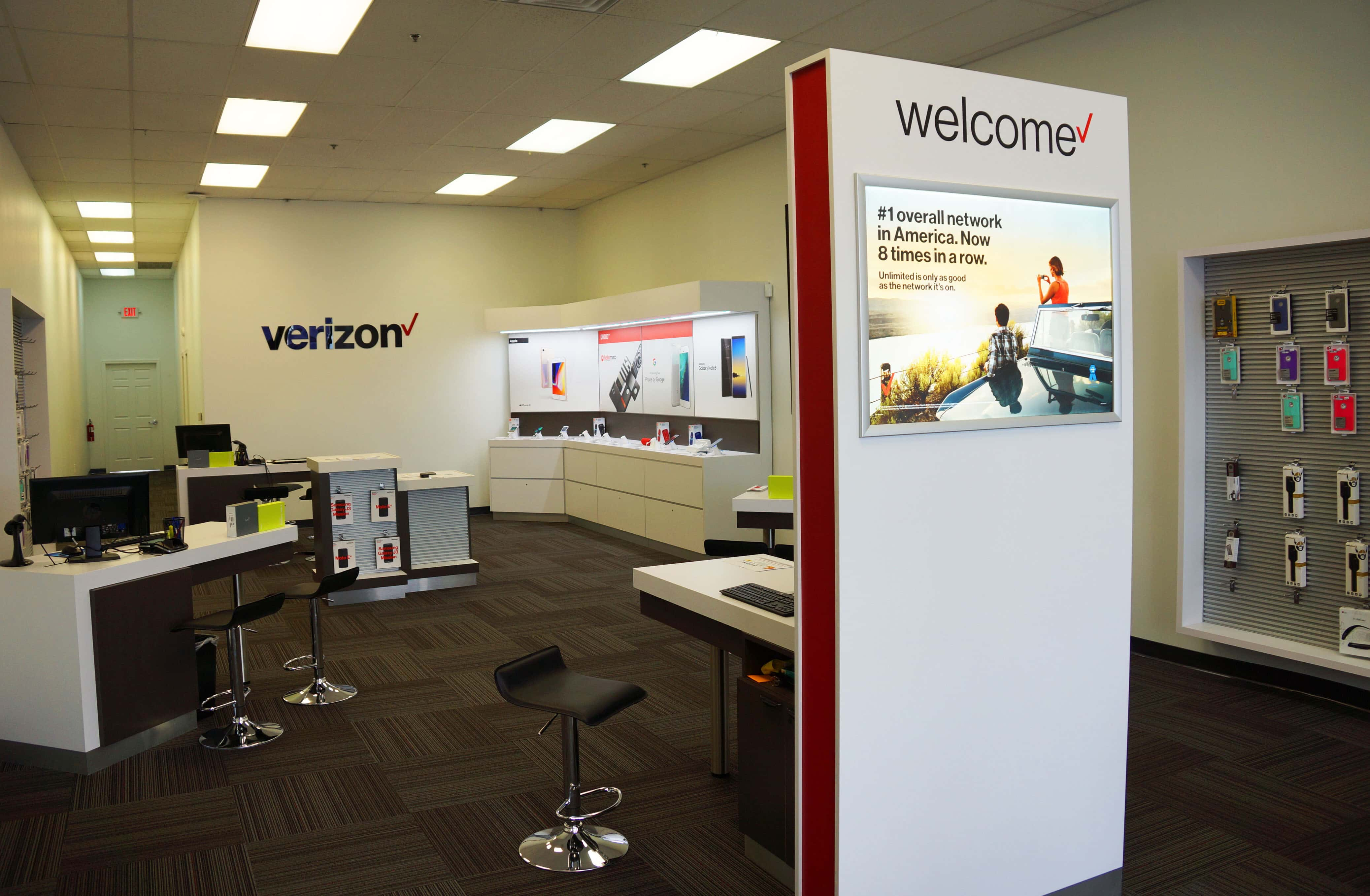 New Verizon Wireless Zone Sets Up Shop In Benton Harbor
