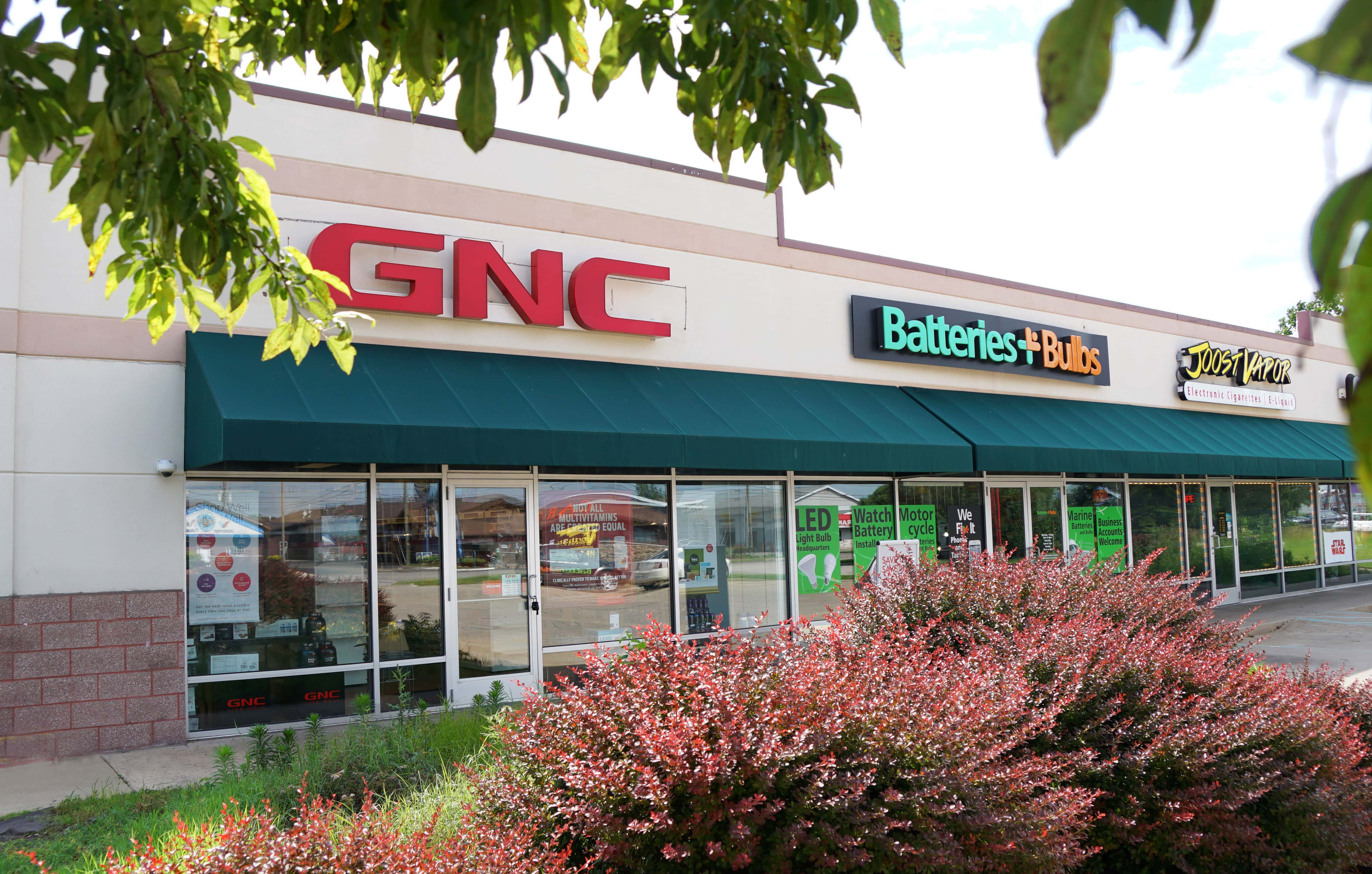 After Holding Court For Nearly 39 Years In The Orchards Mall General Nutrition Center Or Simply Gnc Has Relocated To The Front Lot Of The Fairplain