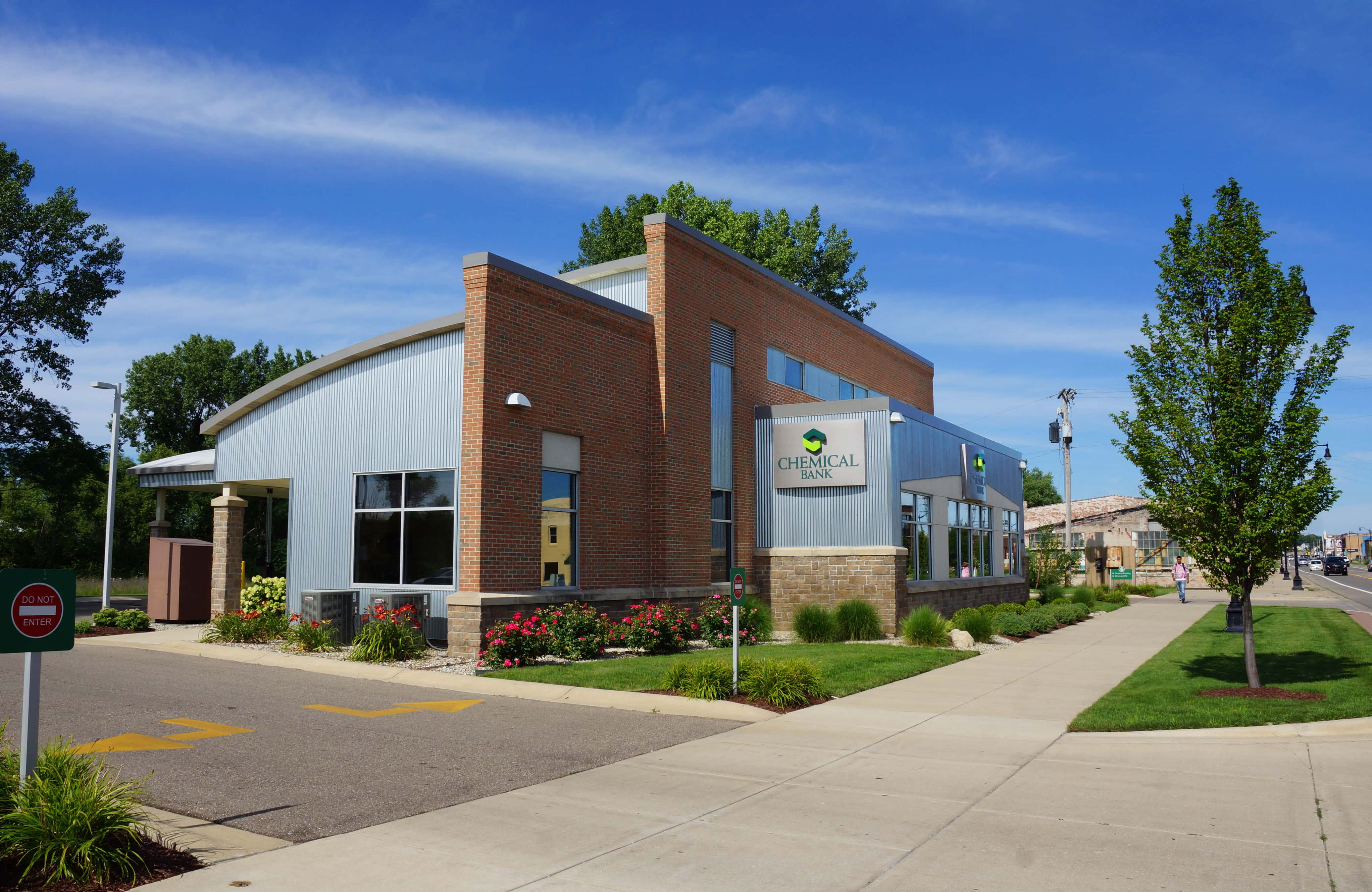 Chemical Bank Moves HQ From Midland to Detroit, Plans 20