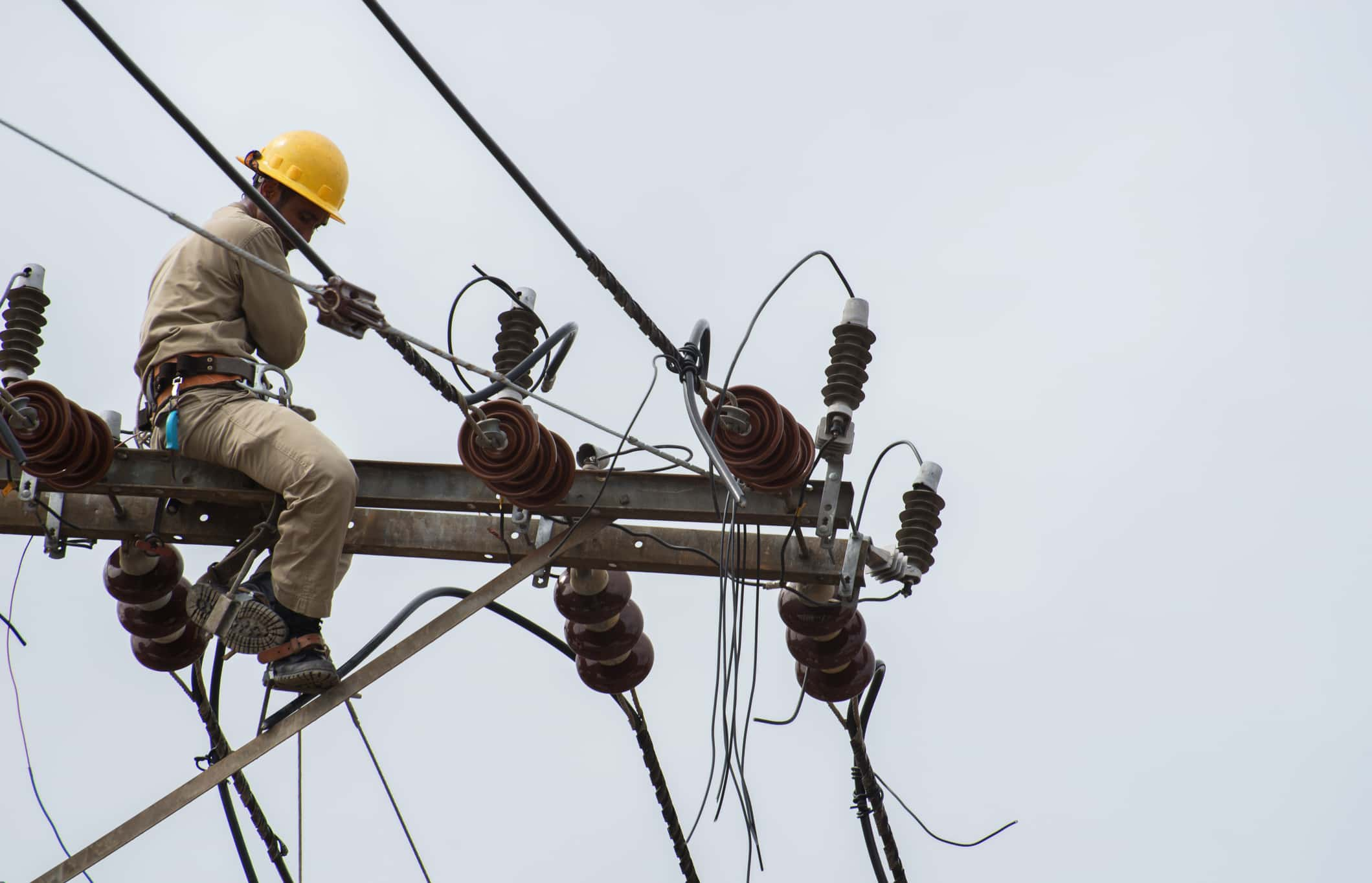 MI Utilities Ready to Dispatch Linemen to Florida Hurricane
