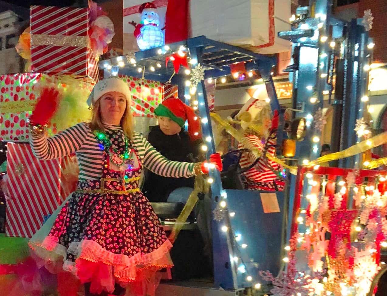 Moody Christmas Parade 2020 Dowagiac's 38th Candle Light Christmas Parade Coming Friday