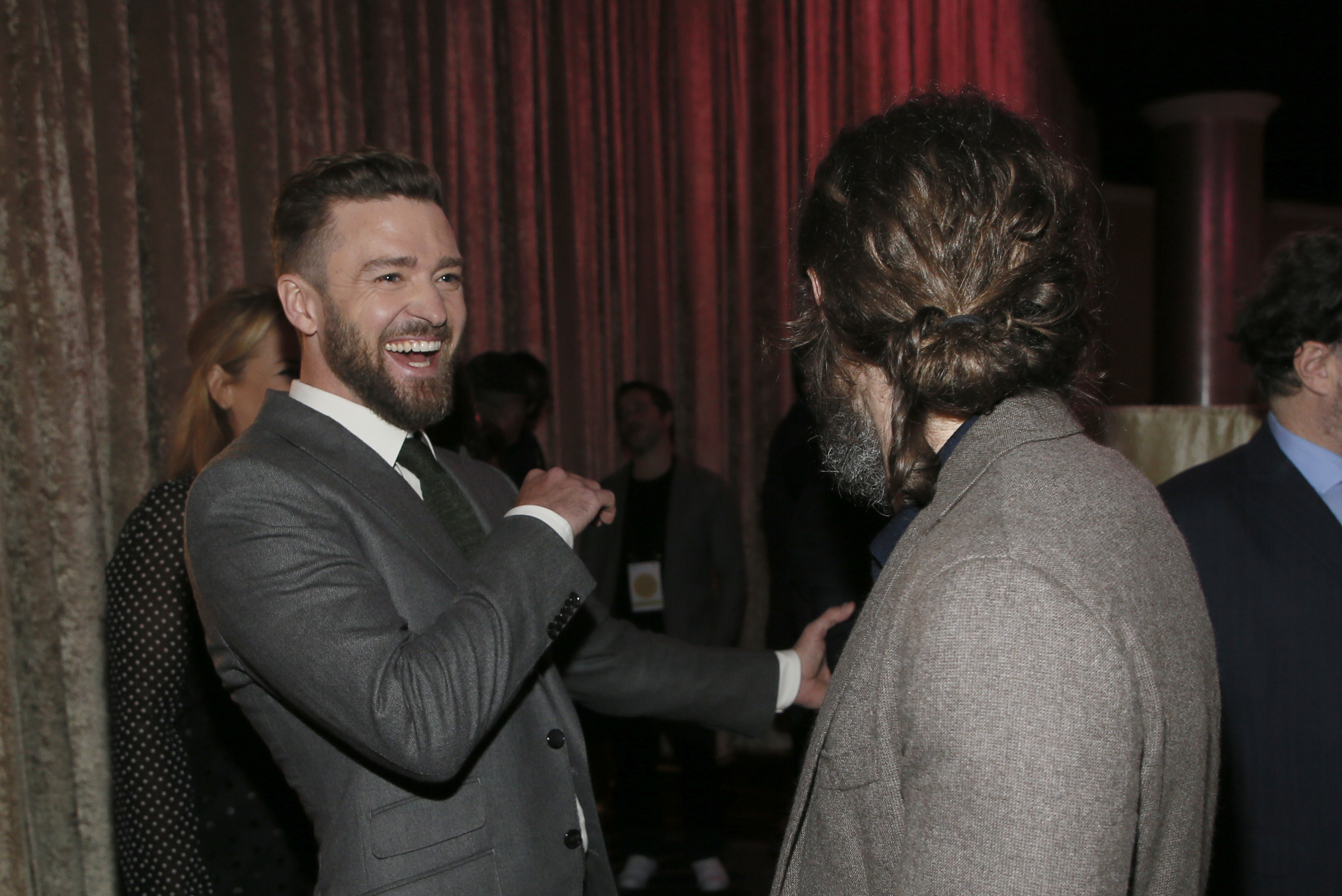 Justin Timberlake, left, and Casey Affleck attend the 89th Academy Awards Nominees Luncheon at The Beverly Hilton Hotel on Monday, Feb. 6, 2017, in Beverly Hills, Calif. (Photo by Danny Moloshok/Invision/AP)