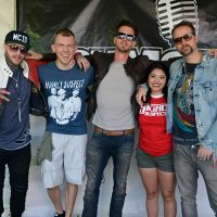 kd17-meetgreet-highly-suspect04.jpg