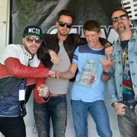 kd17-meetgreet-highly-suspect10.jpg