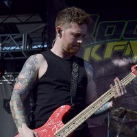 kd-19-band-asking-alexandria-34.jpg